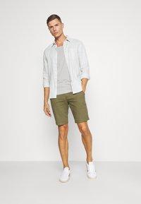 Pier One - T-shirt - bas - light grey - 1