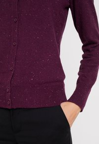 GAP - CREW CARDI - Strikjakke /Cardigans - plum/heather - 5