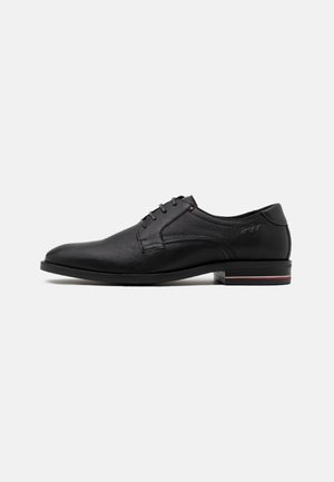 SIGNATURE SHOE - Smart lace-ups - black