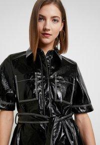 Monki - KARLA DRESS - Košilové šaty - black - 4