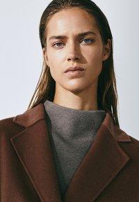 Massimo Dutti - Classic coat - light brown - 3