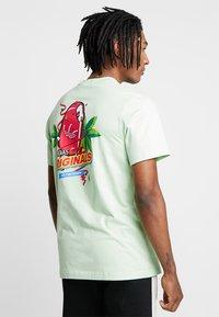 adidas Originals - BODEGA POPSICLE - Print T-shirt - glow green - 2