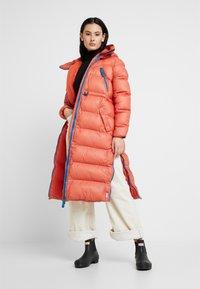 Hunter ORIGINAL - WOMENS ORIGINAL PUFFER COAT - Abrigo de invierno - siren - 1