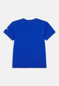 Nike Sportswear - 90'S BEACH PARTY TEE - Print T-shirt - game royal - 1