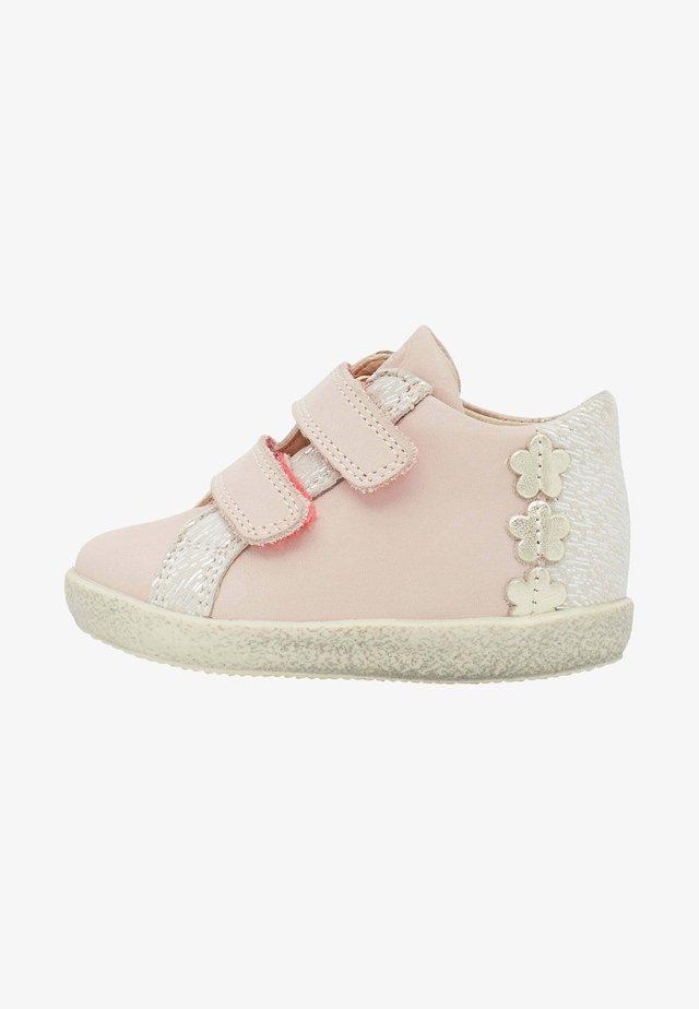 CACAO - Baskets basses - rosa
