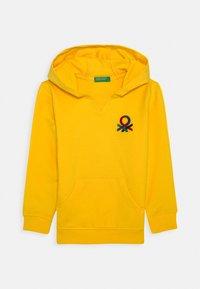 Benetton - HOOD - Hoodie - yellow - 0