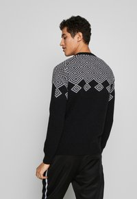 Peak Performance Urban - VERNIS - Jumper - black - 2