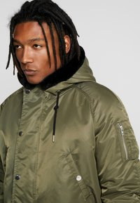 Redefined Rebel - Parka - dark olive - 4