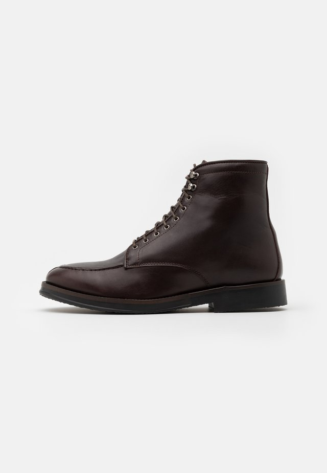 RINGO BOOT - Bottines à lacets - brown
