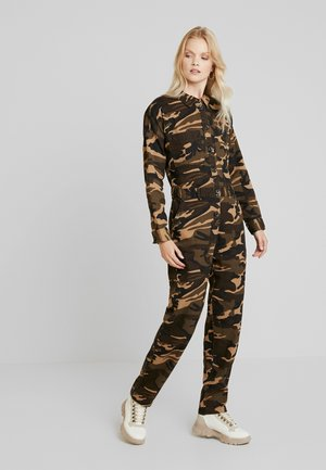 ONLRAMBO BOILER JUMPSUIT  - Jumpsuit - light brown