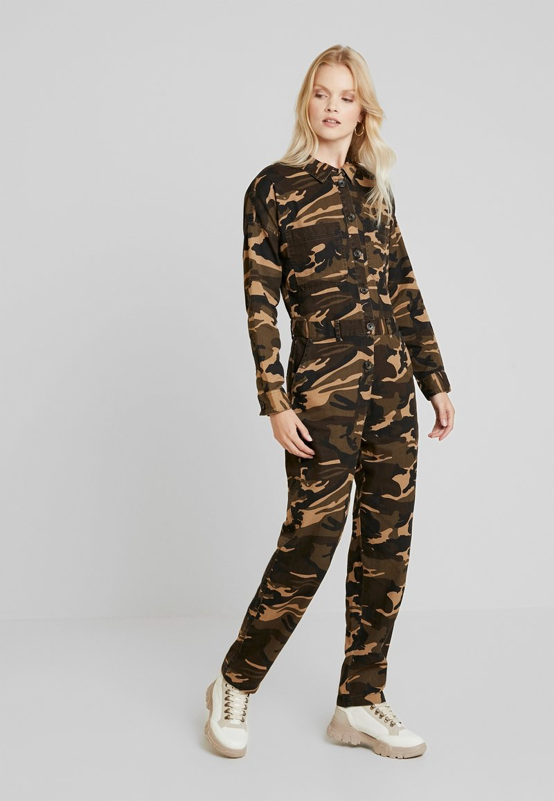ONLY - ONLRAMBO BOILER JUMPSUIT  - Jumpsuit - indian tan