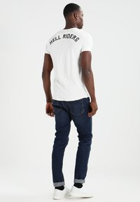 Key Largo - HELL RIDERS - Print T-shirt - offwhite - 2