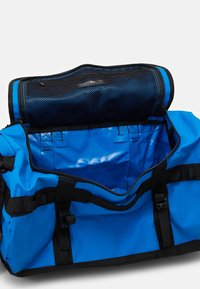 The North Face - BASE CAMP DUFFEL S UNISEX - Sports bag - light blue - 4