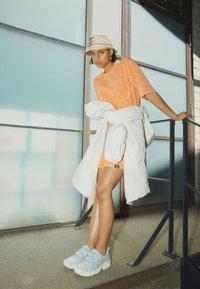 Von Dutch - KENDALL - Jersey dress - orange - 1