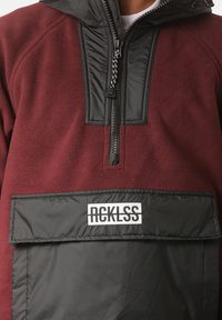 Young and Reckless - Fleece jumper - red - 3