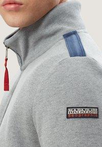 Napapijri - BARDARA  - Zip-up sweatshirt - grey - 3