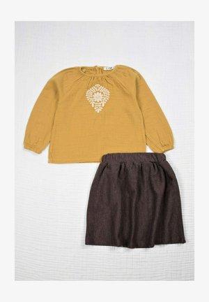 2 PIECE SET - Áčková sukně - mustard yellow