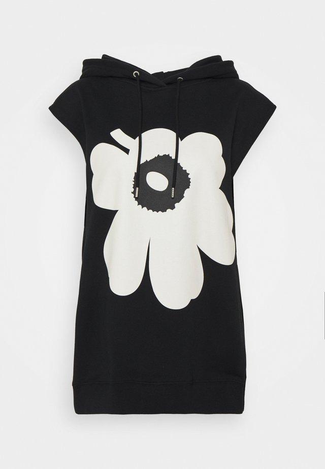 KIOSKI - Print T-shirt - black, white