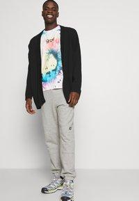 Hollister Co. - Print T-shirt - med grey - 4