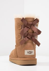 UGG - BAILEY BOW II - Lace-up ankle boots - chestnut - 3
