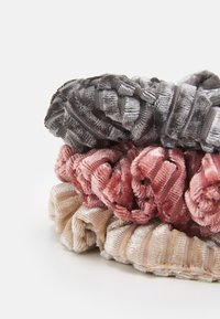 LIARS & LOVERS - MINI SCRUNCHIES 3 PACK - Hair styling accessory - pink - 1