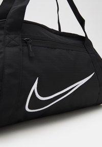 Nike Performance - GYM CLUB  - Torba sportowa - black/white - 3