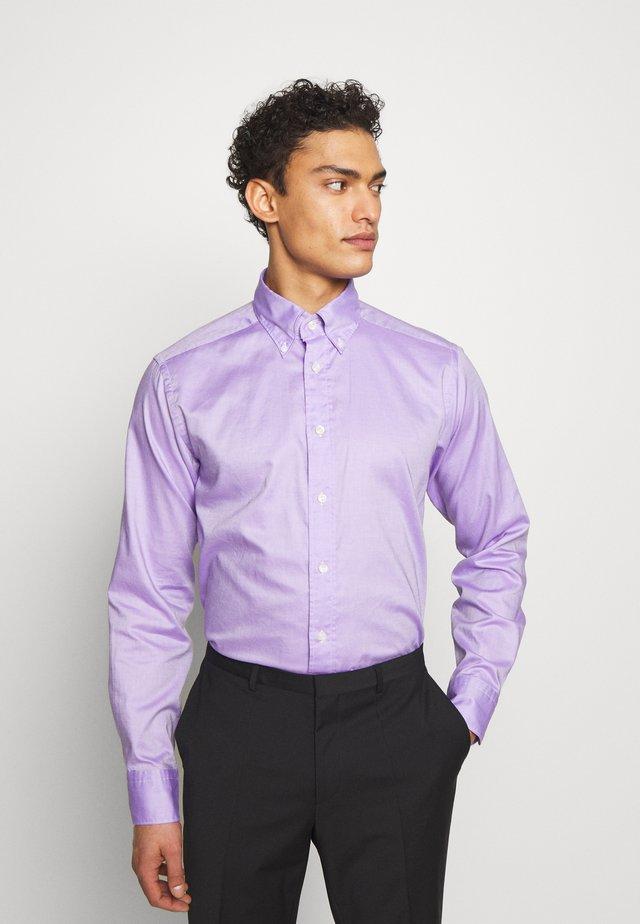 SLIM FIT - Camicia elegante - purple