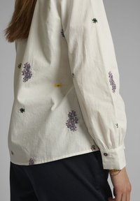 Nümph - NUCLOVE - Button-down blouse - bright white - 3