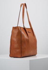 FREDsBRUDER - KYOTO - Tote bag - light camel - 3