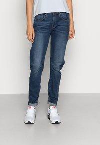 G-Star - ARC 3D LOW BOYFRIEND - Relaxed fit jeans - neutro stretch denim - 0