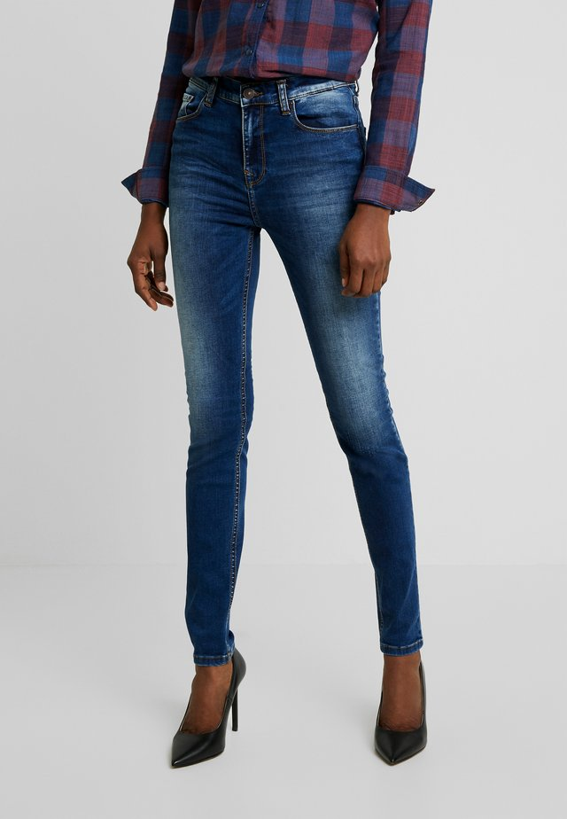 AMY - Jeansy Skinny Fit - ikeda wash
