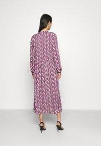Moves - TANISA DRESS - Kjole - fuchsia purple - 2