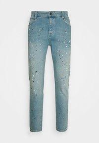 SIKSILK - STEVE AOKI X  - Slim fit jeans - light wash - 3