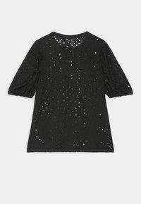 VMCOLUMBIA - Print T-shirt - black