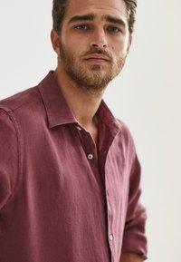 Massimo Dutti - SLIM-FIT - Shirt - bordeaux - 4