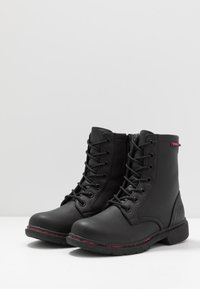 Kappa - DEENISH - Outdoorschoenen - black/pink - 2