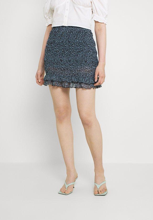 Smocking mini mesh skirt - A-line skirt - black/light blue
