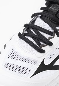 Mizuno - WAVE LIGHTNING Z5 - Volleyball shoes - white/black/safety yellow - 5