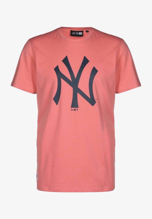 T-shirt print - pkl