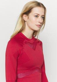 NU-IN - COMPRESSION  - Camiseta de manga larga - red - 5