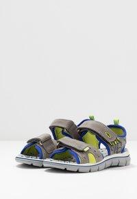 Primigi - Chodecké sandály - grey - 3