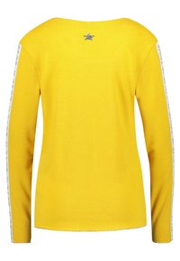 Key Largo - WLS CLAUDIA ROUND - Long sleeved top - yellow - 1