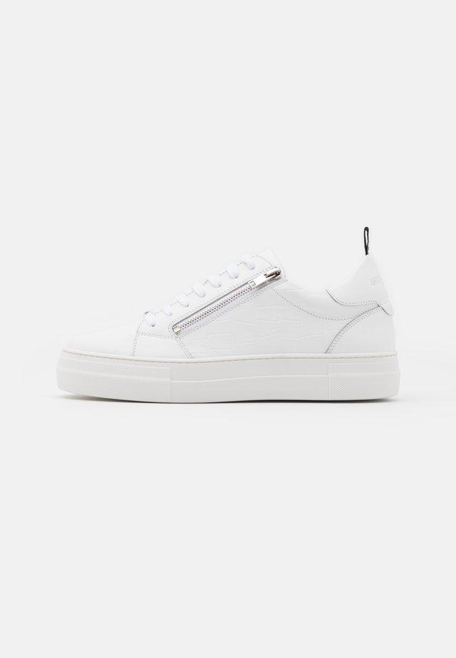 ZIPPER - Baskets basses - white