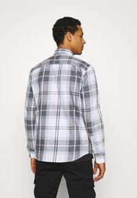 Jack & Jones - JJBRUCE ONE POCKET - Skjorta - faded denim - 2