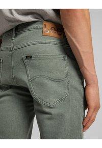 Lee - Denim shorts - khaki - 5
