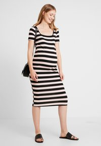 Glamorous Bloom - TUBE DRESS WITH SQUARE NECK - Robe en jersey - black /nude - 1