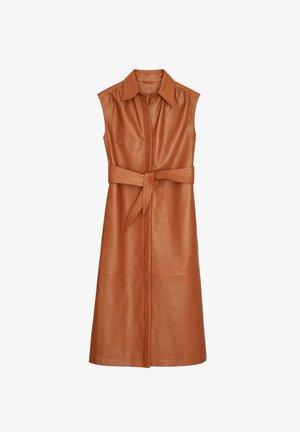 MIT GÜRTEL - Sukienka letnia - brown