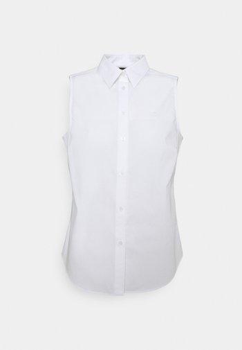 AKUNA SLEEVELESS - Button-down blouse - white
