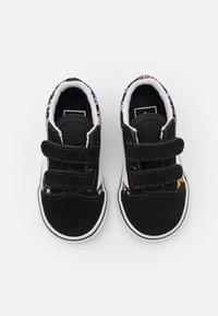 Vans - OLD SKOOL  - Sneakers laag - black/true white - 3