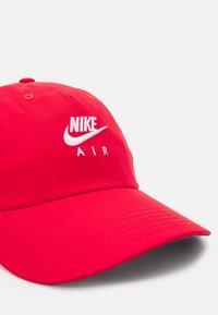 Nike Sportswear - Casquette - university red/midnight navy - 3